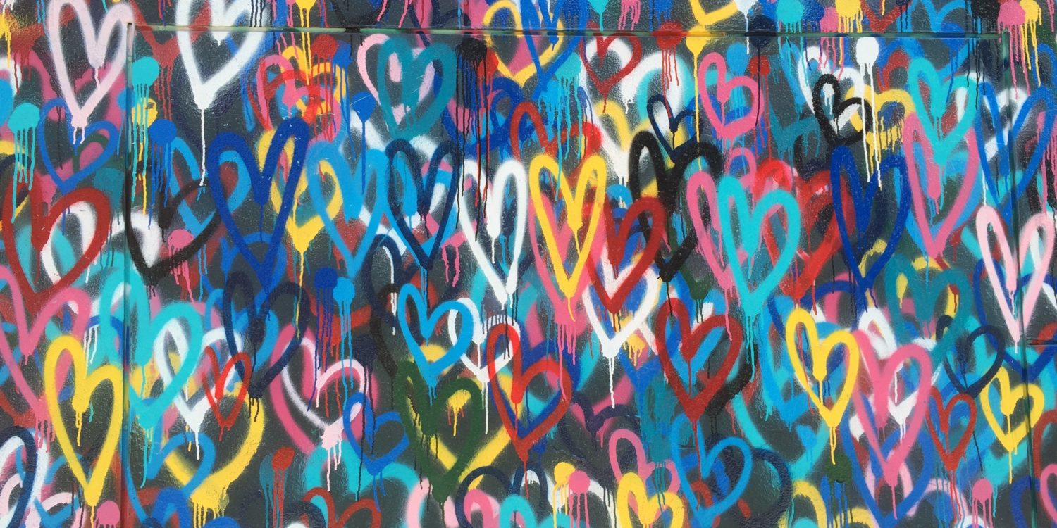 graffiti hearts